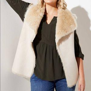 LOFT Faux Fur Lined vest M